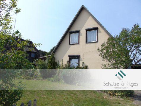 Einfamilienhaus mit Sanierungsbedarf, 25462 Rellingen, Einfamilienhaus