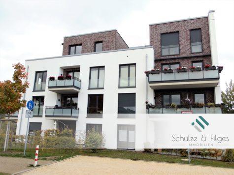 Barrierefrei und Modern: Neuwertige 2 Zimmerwohnung mit Terrasse und Tiefgarage, 21465 Wentorf, Erdgeschosswohnung
