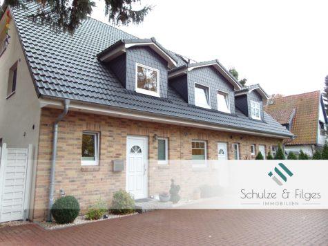 Modernes Wohnen im neuwertigen Reiheneckhaus mit Ausbaureserve, 22399 Hamburg / Poppenbüttel, Reiheneckhaus