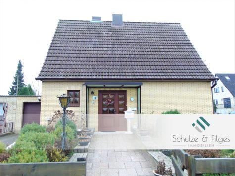 Einfamilienhaus mit Modernisierungsbedarf auf Erbpachtgrundstück, 21220 Seevetal / Maschen, Einfamilienhaus