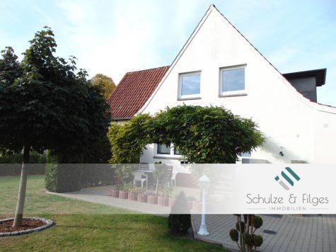 Einziehen & Wohlfühlen: frisch modernisiertes Einfamilienhaus, 22880 Wedel, Einfamilienhaus