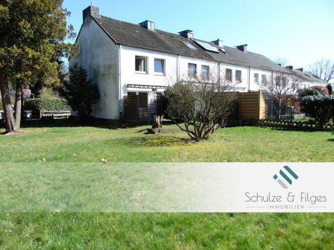 Endreihenhaus mit großem Grundstück, 21465 Wentorf bei Hamburg, Reiheneckhaus