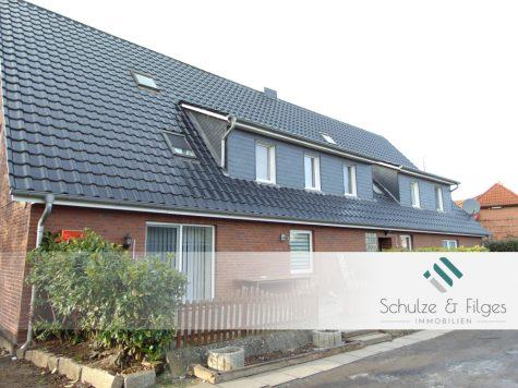 Zwei Häuser als Kapitalanlage auf großem Grundstück mit viel Potential, 21635 Jork, Mehrfamilienhaus