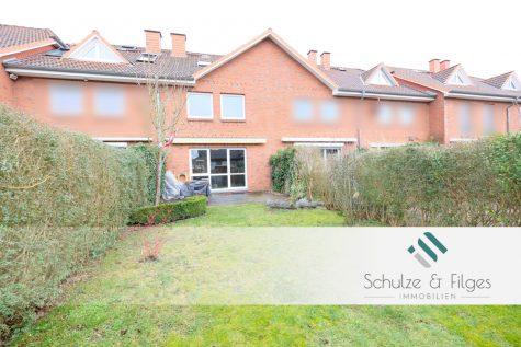 Willkommen Zuhause! Charmantes Reihenhaus mit Carport und Vollkeller in ruhiger Wohngegend., 25474 Bönningstedt, Reihenmittelhaus