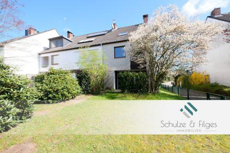Ruhig gelegenes Reihenhaus mit schönem Garten, 21465 Reinbek, Reiheneckhaus