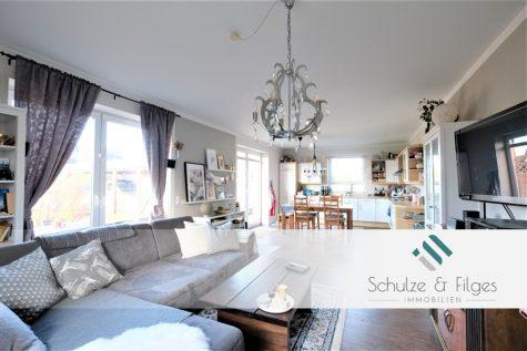Modernes Wohnen mit Photovoltaikanlage und Wallbox in naturnaher Umgebung, 24576 Bad Bramstedt, Einfamilienhaus