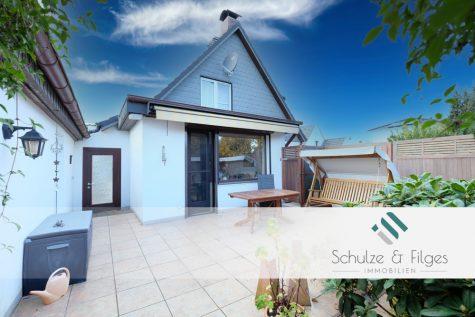 Doppelhaushälfte mit idyllischem Garten, 21509 Glinde, Doppelhaushälfte